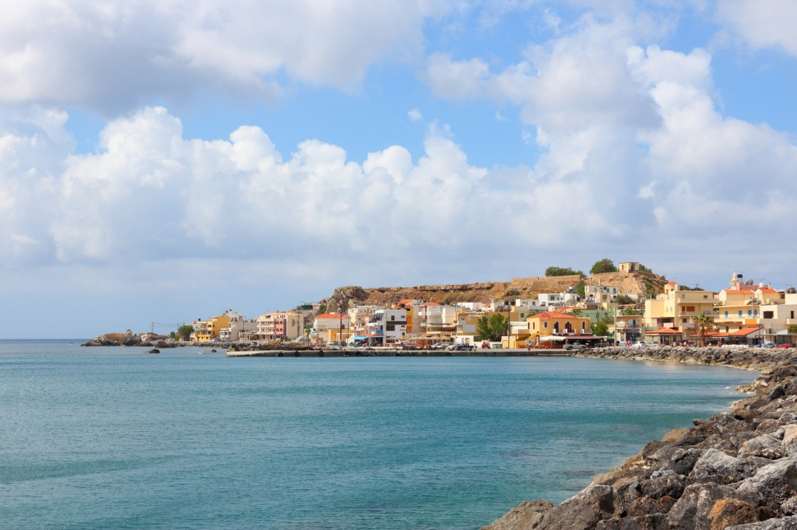'Chania, town on Crete island in Greece. Old town of Paleochora (or Palaiochora).' - La Canée
